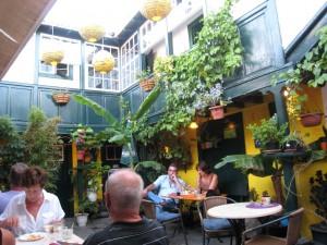La Palma-Los Llanos-Tasca La Luna Restaurant-Binnenplaats